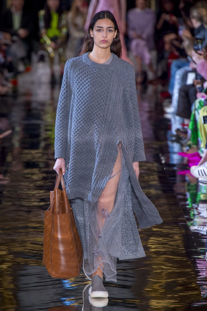 Коллекция Stella McCartney осень-зима 2018-2019 фото №17