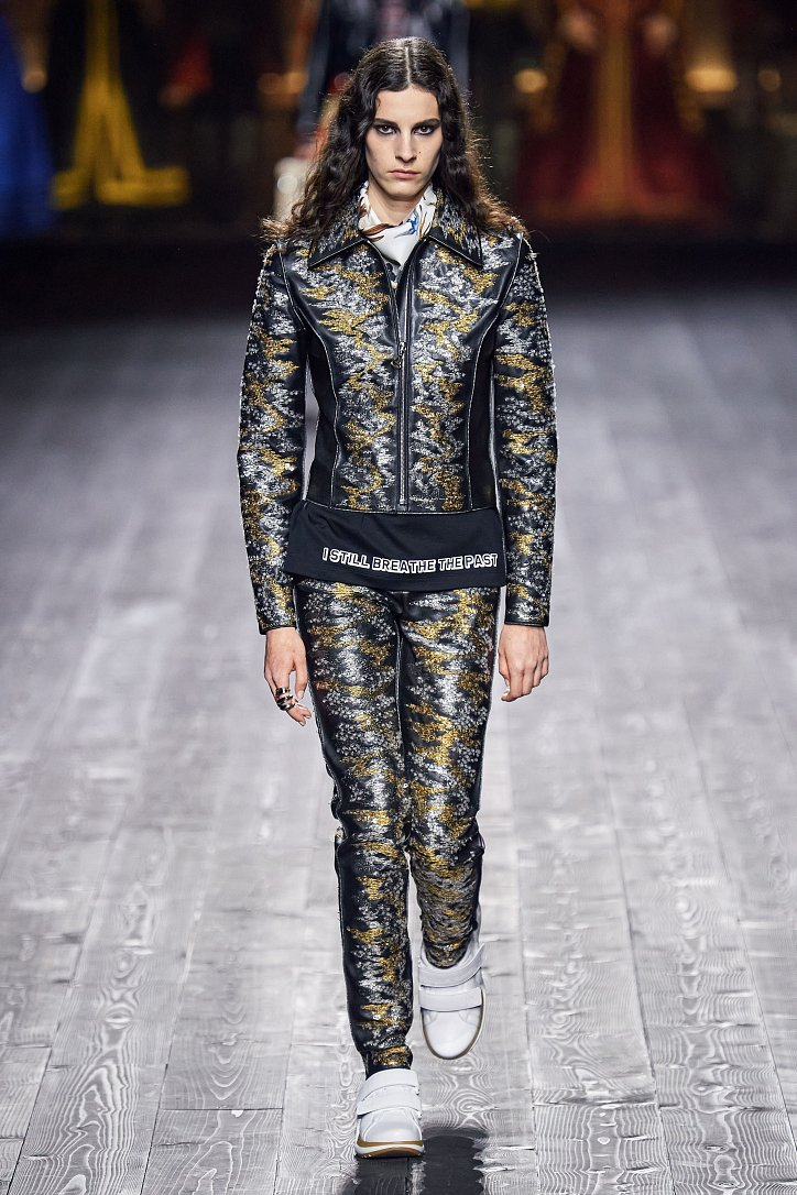 Louis Vuitton осень-зима 2020-2021 фото №32
