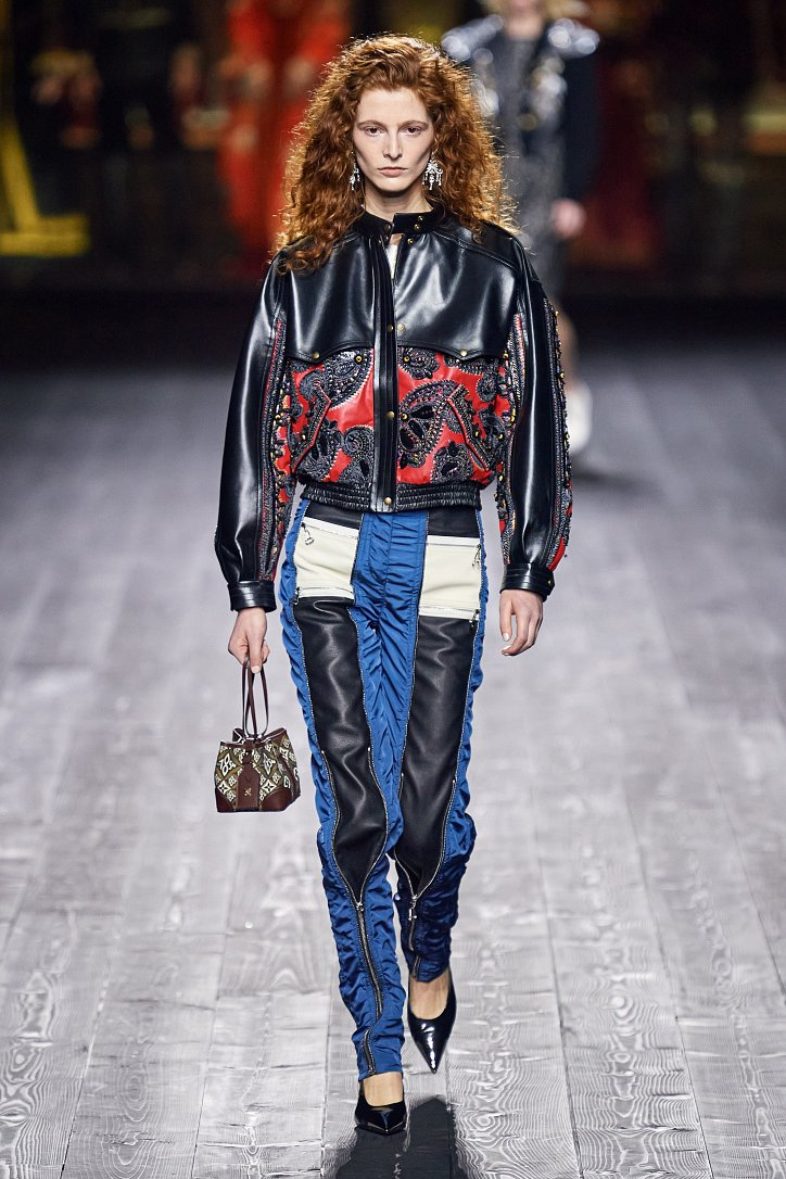 Louis Vuitton осень-зима 2020-2021 фото №42