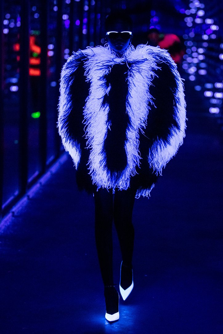 Коллекция Saint Laurent осень-зима 2019-2020 фото №83