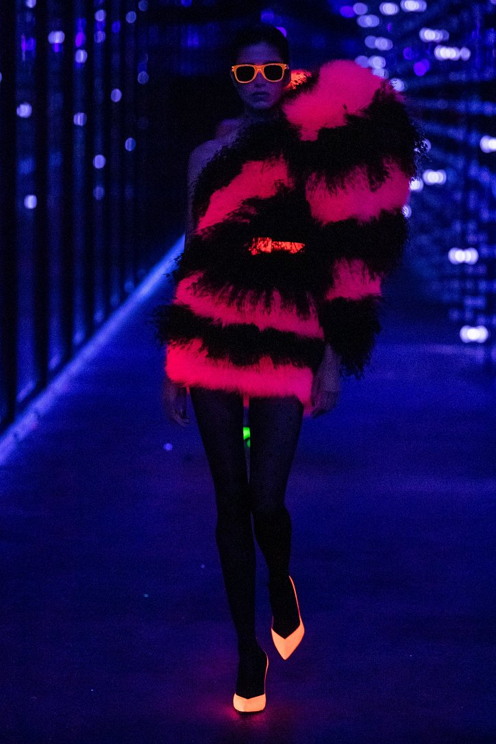 Коллекция Saint Laurent осень-зима 2019-2020 фото №84