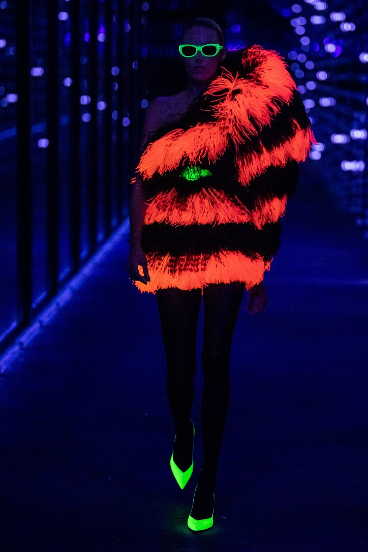 Коллекция Saint Laurent осень-зима 2019-2020 фото №85