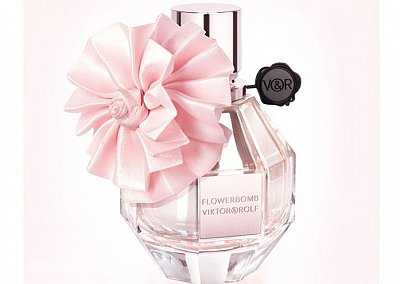Аромат Flowerbomb Christmas Edition от Viktor & Rolf